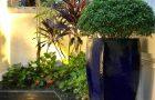 Trang trí sân vườn đẹp với đồ gốm